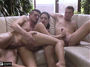 Gold digger getting double-stuffed by 2 rich studs next to the pool