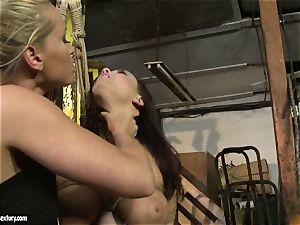 Kathia Nobili flog the tongue of sweetie female