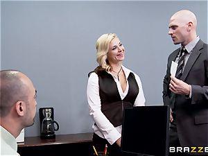 Generous boss drills super-steamy assistant Sarah Vandella
