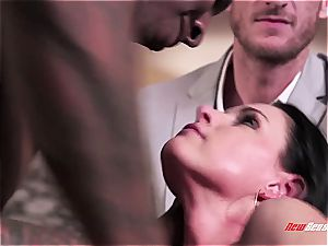 super-hot wife India Summer ejaculating on a black trunk