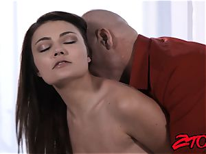 Stepdaughter Adria Rae pounded and munching pop-shot