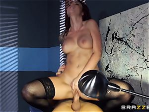 Monique Alexander flashes an actress how its done