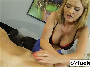 Sarah Vandella lesbian rubdown