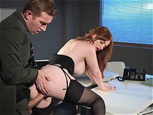 Zara DuRose pummeled in her rosy pussy