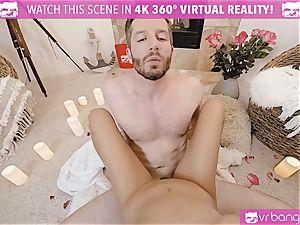 VR porno - Thanksgiving Dinner becomes insane smashing