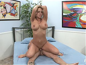 Picasso boobies is cuckolding again