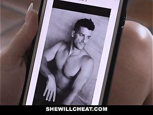 SheWillCheat - wifey Gets pummeled by Side piece