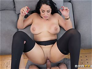 Cristal Caraballo pounded in her latina pussyhole