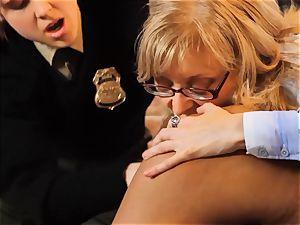 SEXYMOMMA-Ebony prison guard strapon boned in the bootie