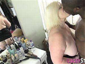 Lacey Starr poked stiff by a ebony man