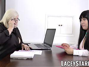 LACEYSTARR - business GILF tongue inspects youthfull vulva