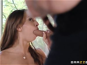 India Summers displays Sara Luvv how to screw her man
