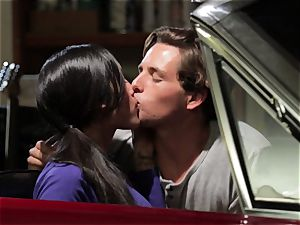 Chloe Amour smashes in her boyfriends new car