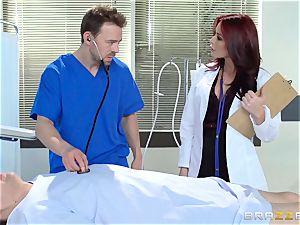 handsome doc Monique Alexander pulverizes her trainee