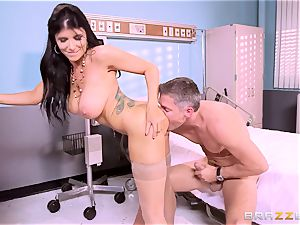 big titted medic Romi Rain gets her forearms on her insane patient