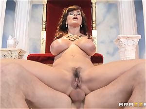 luscious mummy Lisa Ann is princess of exclusive humping
