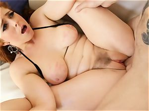 red-haired Penny Pax plows with her unshaved vag