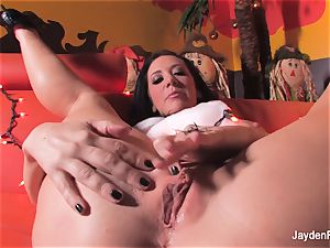 big-titted Jayden Jaymes does a spooky Halloween solo