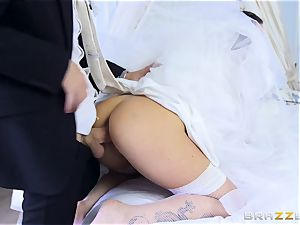 manhood greedy bride Simony Diamond