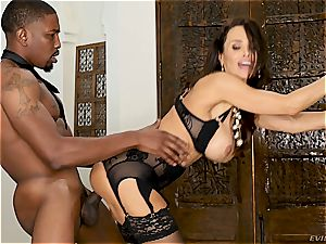 elegant Lisa Ann rides a immense and young big black cock
