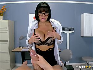 Veronica Avluv makes sure this super-fucking-hot patient is fully pleased