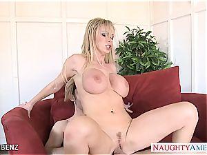 huge-boobed blond honey Nikki Benz poke