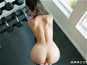 Going ass-fuck with Kelsi Monroe