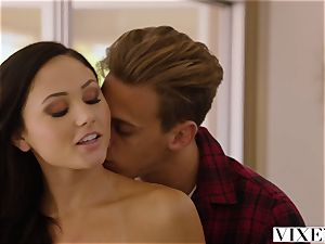 VIXEN Ariana Marie Cheats With A phat chisel
