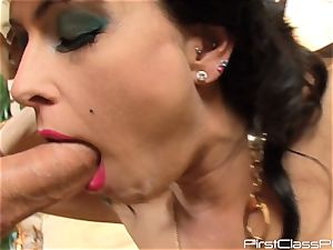 vintage spear slurping black-haired sweetheart Jessica Jaymes