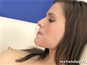 Teeny super-bitch Silvia Luca wants to taunt her honeypot