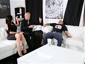 subordinated nails his boss Jaclyn Taylor while her hubby sleeps