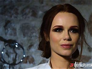 Monster penis for killer brunettes labia hole Ella Hughes