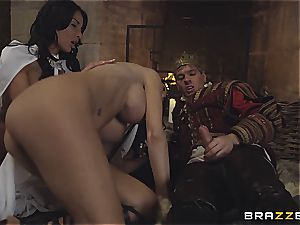 Alluring Anissa Kate and Jasmine Jae obey the king's will and man rod